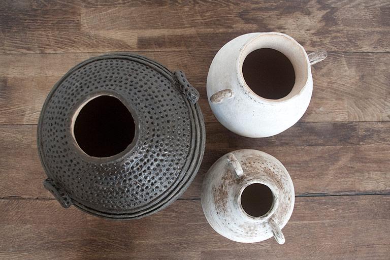 Jarrones de cerámica artesanales y decorativos